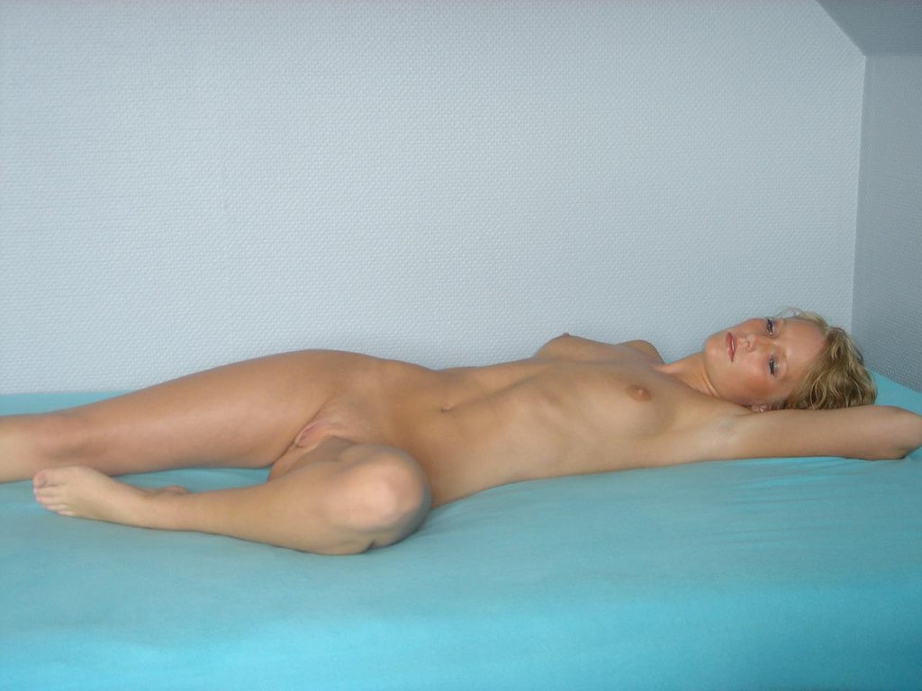 Katrine blonde danish amateur goddess does it all 480p 2